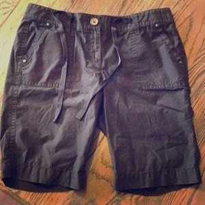 Ann Taylor Petite Brown long shorts 4p